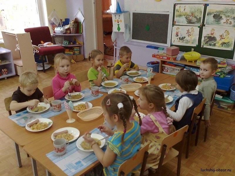 Ребенок не ест в детском садике